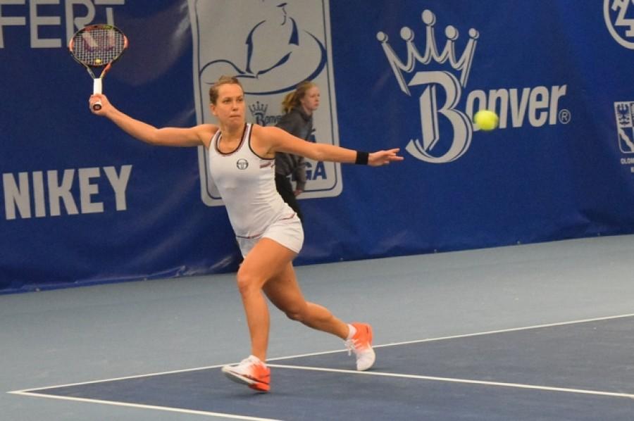 Strýcová je po skvělém výkonu ve druhém kole Australian Open, Cibulková pokořila Allertovou