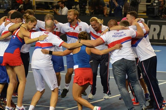 Czech Fed Cup Team: V semifinále vyzveme Německo!