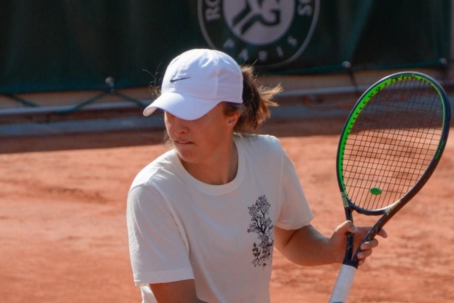 Iga Šwiateková řádí na Roland Garros! Tentokrát rozdrtila Halepovou